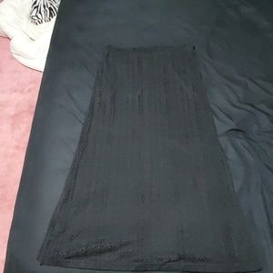 Guess size XL black maxi skirt